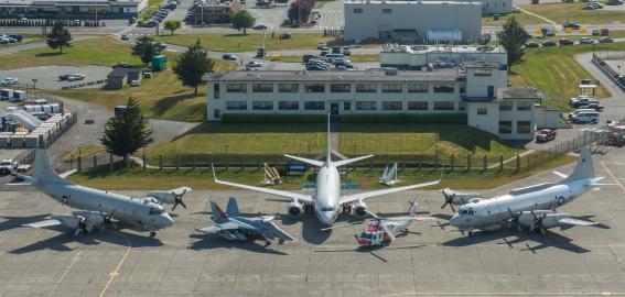 Planes, Base