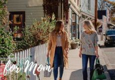 women shopping for mom on whidbey